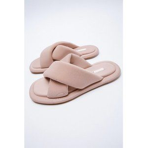 NWT Zara Pink Quilted Slides Sandals